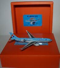 JC Wings EW4332001 Airbus A330-223 Korean Air HL8227 in 1:400 scale