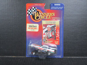 John Force 1:64 Scale 1998 Funny Car Stock # 32