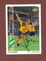 Jan Eriksson .. Schwedischer Nationalspieler . Signierte Upper Deck Karte
