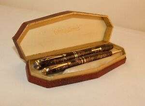 VINTAGE CONWAY STEWART No 24 FOUNTAIN PEN & No 18 PROPELLING PENCIL BOXED SET
