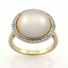 9ct Yellow Gold & Rhodium plated Plated White Freshwater Pearl & Diamond Ring.