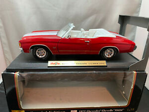 Maisto 1972 Chevrolet Chevelle SS454 Red & White Color 1/18 Scale Diecast