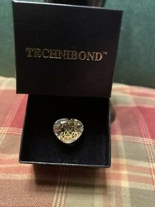 Technibond Clear CZ Heart Ring With Emerald In Center Size 10