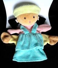 51- DOUDOU PLAT  MARIONNETTE NOUNOURS  POUPEE FILLE  bleu rose chapeau vert TTBE