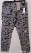 NWT Levis 511 Mens Slim Fit Hybrid Trouser Pants Jeans 30x32 Grey Camo MSRP$68