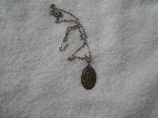 RELIGIONS SILVER TONE BLESSED MOTHER THE MIRACULOUS MEDAL NECLACE