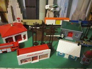 PLASTICVILLE O SCALE BUILDINGS - LOT     1