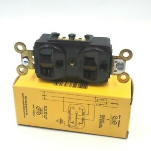 HUBBELL 5362 WIRING DEVICE 2POLE 3 WIRE RECEPTACLE 20A/125V