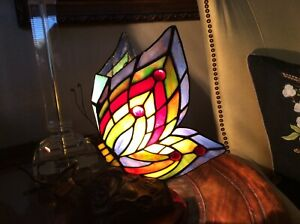 Tiffany Style Stained Glass Butterfly Accent Lamp Night Light , 1 Bulb