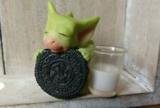 Pocket Dragons milk and cookies