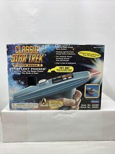 Classic Star Trek Movie Series Starfleet Phaser Playmates Collector Series 1996