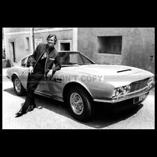 Photo A.009839 ROGER MOORE ASTON MARTIN DBS THE PERSUADERS AMICALEMENT VOTRE