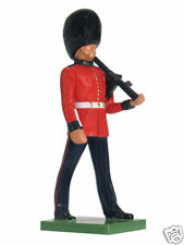 BRITAINS SOLDIERS SCOTS GUARD 1:32 SCALE 41067