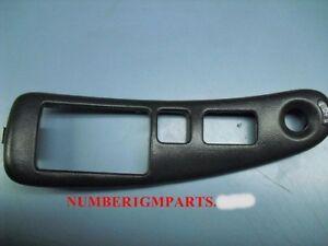 97-03 Pontiac grand Prix LH Master Window switch bezel 10420343