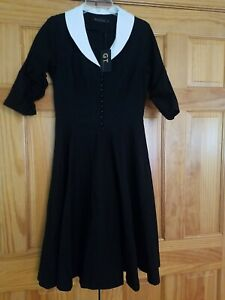 Gown Town Women's Dress Black/white collar Gown Stretchy Vintage  Large!  NWT