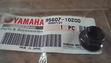 New NOS 86-11 Yamaha YFM350 YFM400 RX10 RST90 VK10 Self Locking Nut 95607-10200