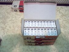 65 coupes circuits à broches 10 A neuf à 1€  pièce