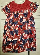 NEW 4 of July, Handmade: Girls Dress 4-5 years old. Fabric cotton and sequins.