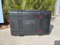 UK Ultracase 821 | Underwater Kinetics | Military Case | 21-3/4 14-1/2 9-1/4
