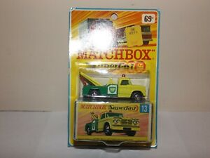 MATCHBOX TRANS. S/F NO.13-A DODGE WRECK TRUCK YELLOW/GREEN,RED HOOK MIBLISTER