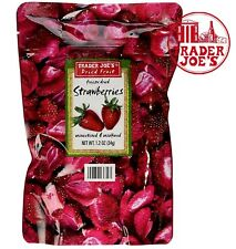 🔥 Trader Joe's Freeze Dried Fruit Strawberries Slices Snack Crunchy 🔥