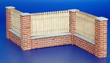 Plus Model 1:35 Fence With Underpinning Resin & Wood Diorama Accessory #215