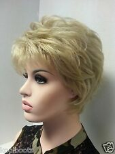Short Platinum Blonde Synthetic Wig Classic Cut w Volume