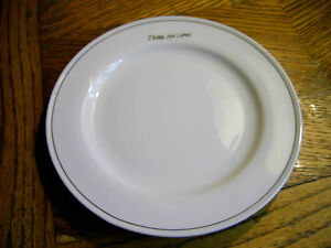 VINTAGE DELTA AIR LINES DOMESTIC FIRST CLASS CHINA PLATE