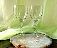 Set of 2 Clear Wine Water Glasses With The Heart-Shaped Stems