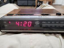 General Electric GE Alarm Clock Radio VTG