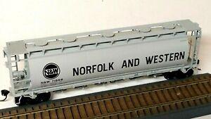 HO Scale Atlas Norfolk & Western N&W Six-Bay Cylindrical Hopper, Kadee Couplers
