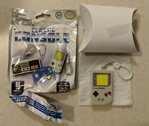 Classic Consoles Backpack Buddies Blind Bag - Nintendo Gameboy Classic; NEW