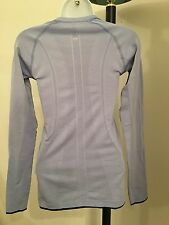 EUC Lululemon Run Swiftly Long Sleeve Sz 4 light purple thumb hole  shirt