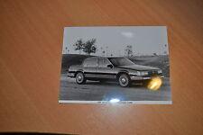 PHOTO DE PRESSE ( PRESS PHOTO ) Buick Electra Park Avenue Sedan de 1988 GM243