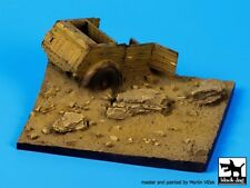 Black Dog 1/35 Destroyed Kubelwagen Section Wwii Diorama Base (100x95mm) D35053