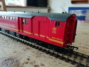 Bachmann 39-435 BR Mk1 POS Coach Post Office Sorting Van  Royal Mail TPO Red