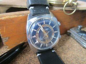 Vintage Soviet wrist Watch Poljot 2612.1 Alarm USSR Mechanical