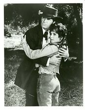 SUZANNE PLESHETTE JAMES GARNER SUPPORT YOUR LOCAL GUNFIGHTER 1977 CBS TV PHOTO
