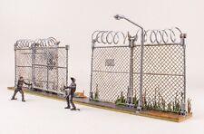 McFarlane Toys The Walking Dead PRISON GATE & FENCE Building Set 192 Pc ~NEW~