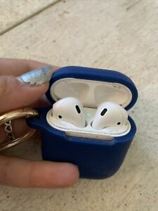 Apple AirPods 2nd Generation Wireless Earbuds with Charging Case