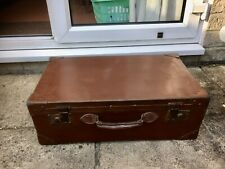 VINTAGE LARGE BROWN HARD SUITCASE  STORAGE TRUNK CHEST BOX / COFFEE TABLE