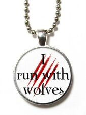 Magneclix magnetic pendant-Twilight - I run with wolves