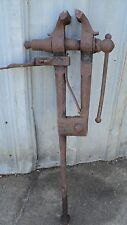 ANTIQUE VISE (BLACKSMITH)