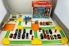 1982 Matchbox Downtown Play Track in Great Condition Many Extra Cars FREE SHIP