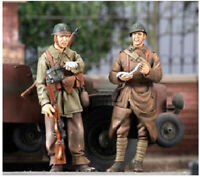 1/35 Unpainted WWII France Commander Soldiers Resin Kits GK Unassembled