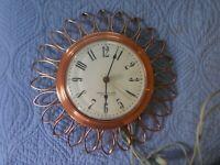 MID CENTURY MODERN SUNBURST WESTCLOX ELECTRIC CLOCK VINTAGE