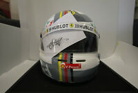 Sebastian Vettel Helm mit Original Unterschrift und Echtheitszertifikat
