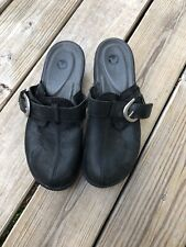 "Crocs  Mule Clog Shoes Women's Black w Leather Strap Buckle 2"" Heel - US 10"