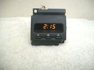 97-01 HONDA CR-V CRV DIGITAL FRONT DASH CLOCK
