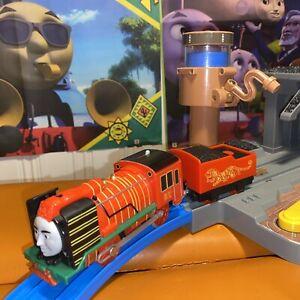 THOMAS THE TANK ENGINE Motorised YONG BAO Trackmaster Train & Tender Working